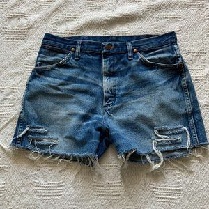 Wrangler hand distressed cutoff jean shorts sz 28